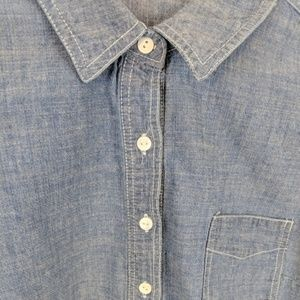 Anthropologie Tops - Anthropologie Hester & Orchard Chambray Shirt